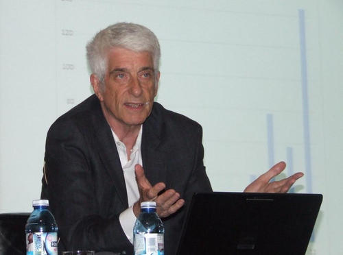 Jacques Vallée in a conference